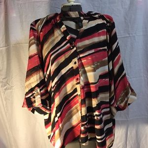 Maggie Barnes Abstract Design size 4XWP Blouse